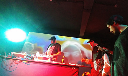 King of Rhymes – competiții hip hop caritabile